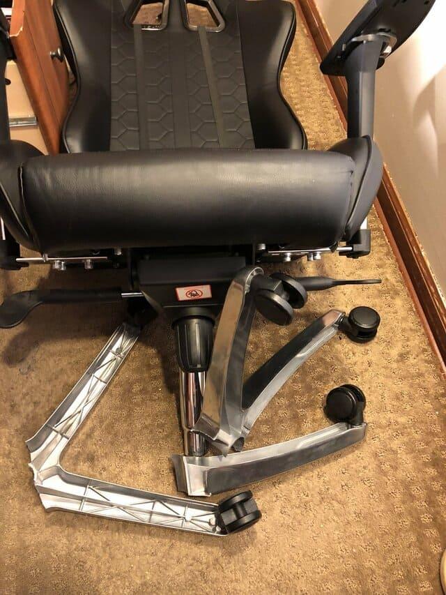 Chân ghế xoay bị gãy