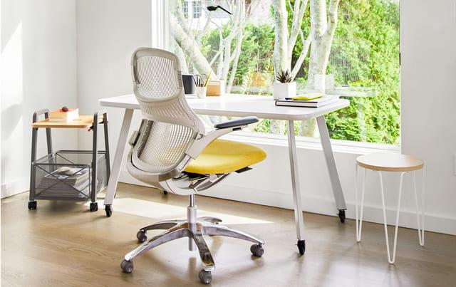Ghế tựa lưng giúp tinh thần làm việc thoải mái