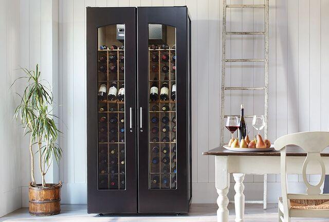 Tủ đựng rượu vang cổ điển